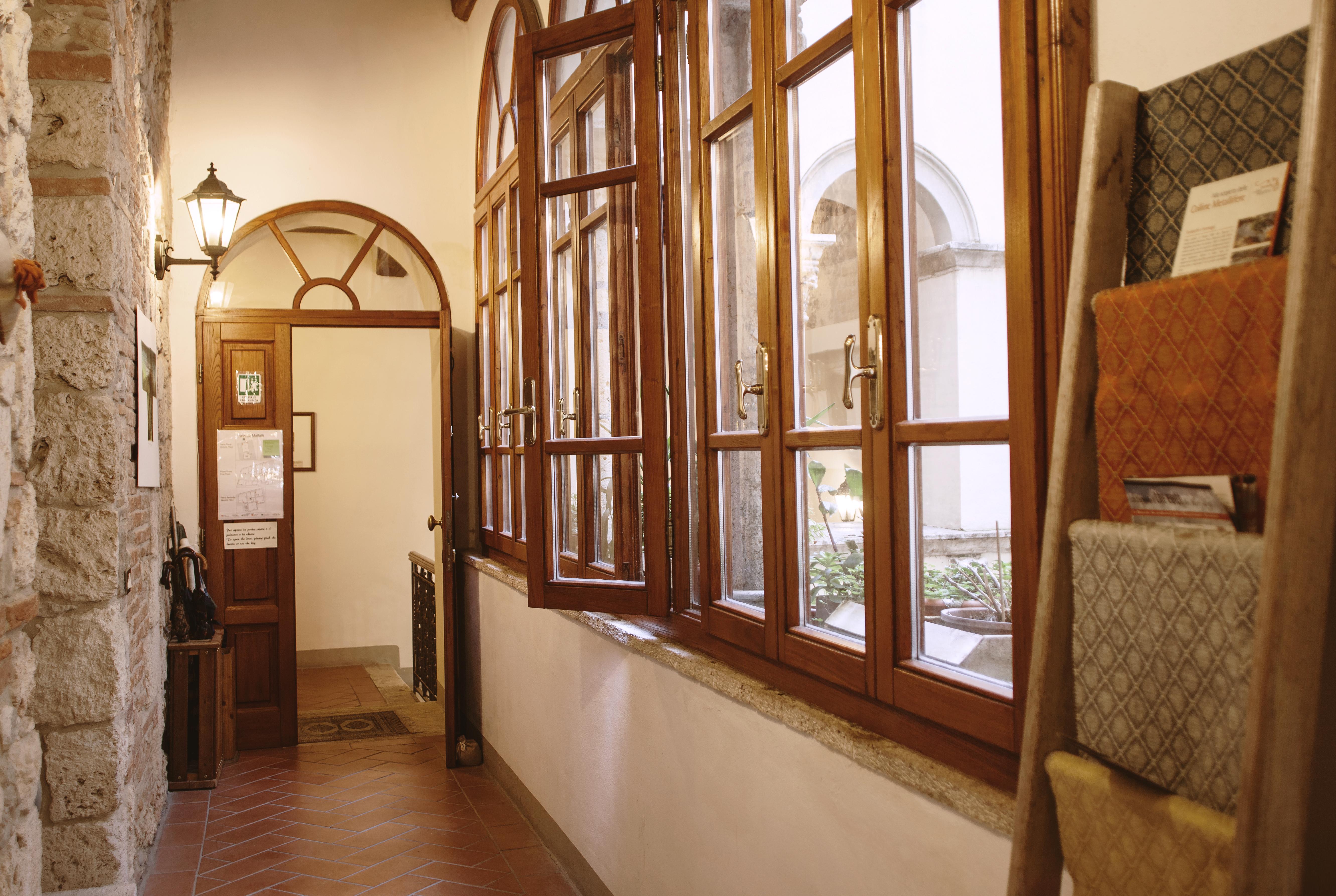 Ingresso agli alloggi di Palazzo Malfatti